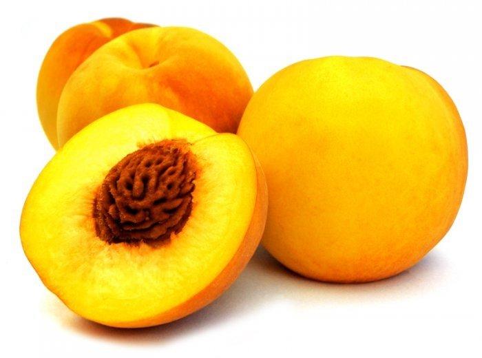 плоды персика с косточкой