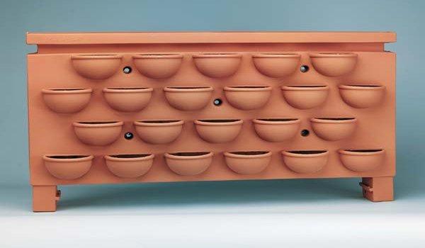 конструкция для выращивания клубники в ограниченом пространстве