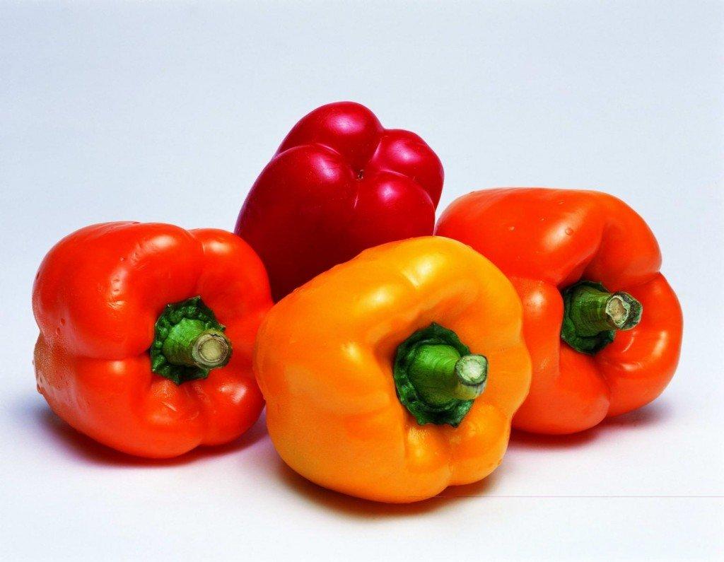 Овощи разного цвета фото