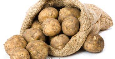 Картофель в тряпичном мешке