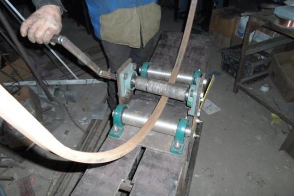 Трубогиб для профильной трубы