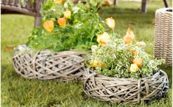 Плетеные цветники для ирисов, тюльпанов и других цветов