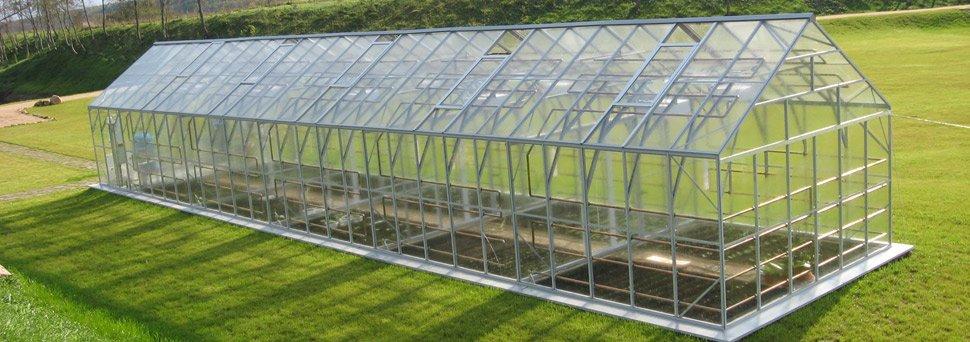 Пример стеклянной парниковой конструкции