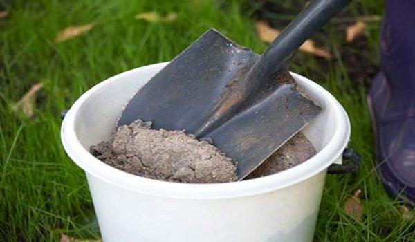 Натуральное удобрение для подкормки баклажанов