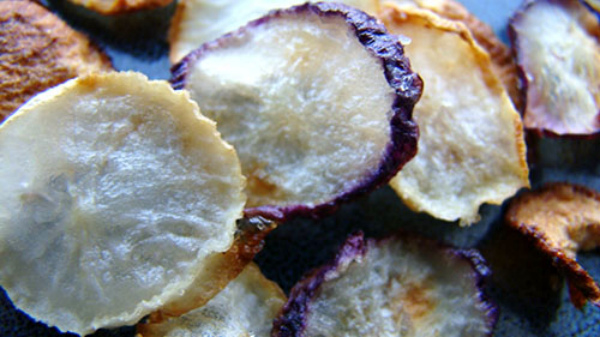 Сушеные чипсы из редиса