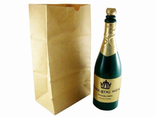 Бутылка шампанского для колки ядер