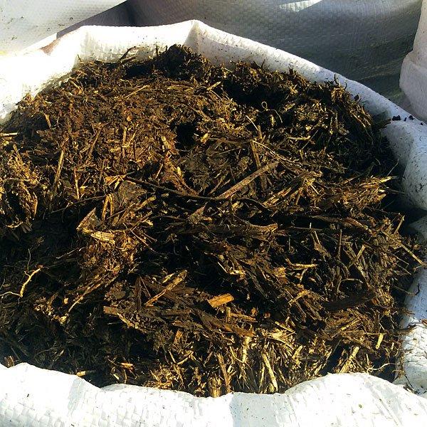 Органический компост в мешках