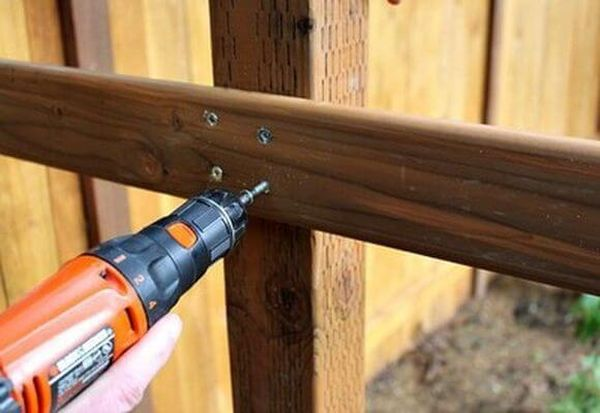 Изготовить конструкцию можно своими руками