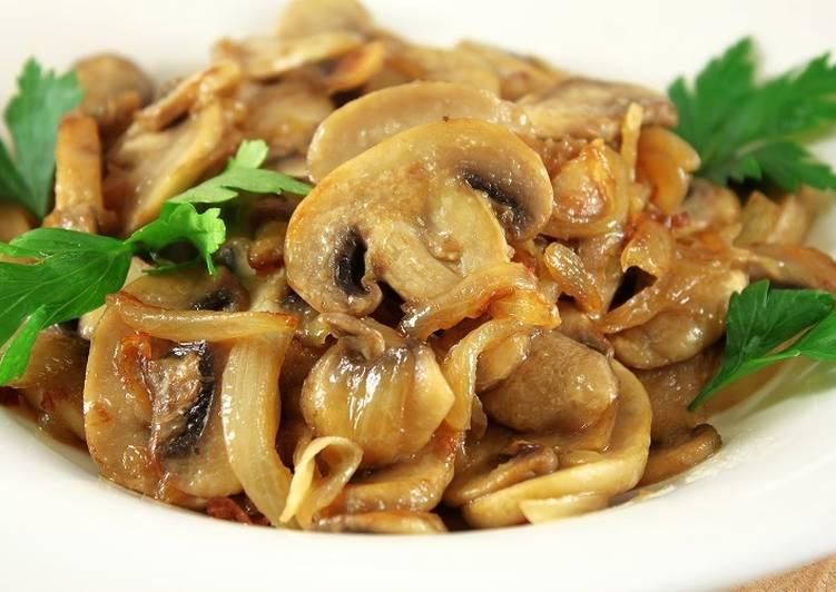 Жареные грибы - лакомство для всей семьи