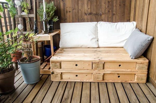 Садовую мебель можно сделать своими руками