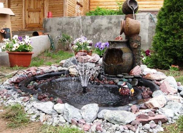 Декор дачного фонтана
