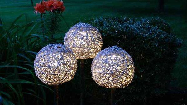 Необычные шары из лозы