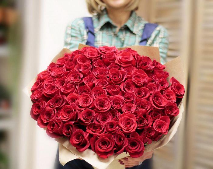 red_rose_01.jpg